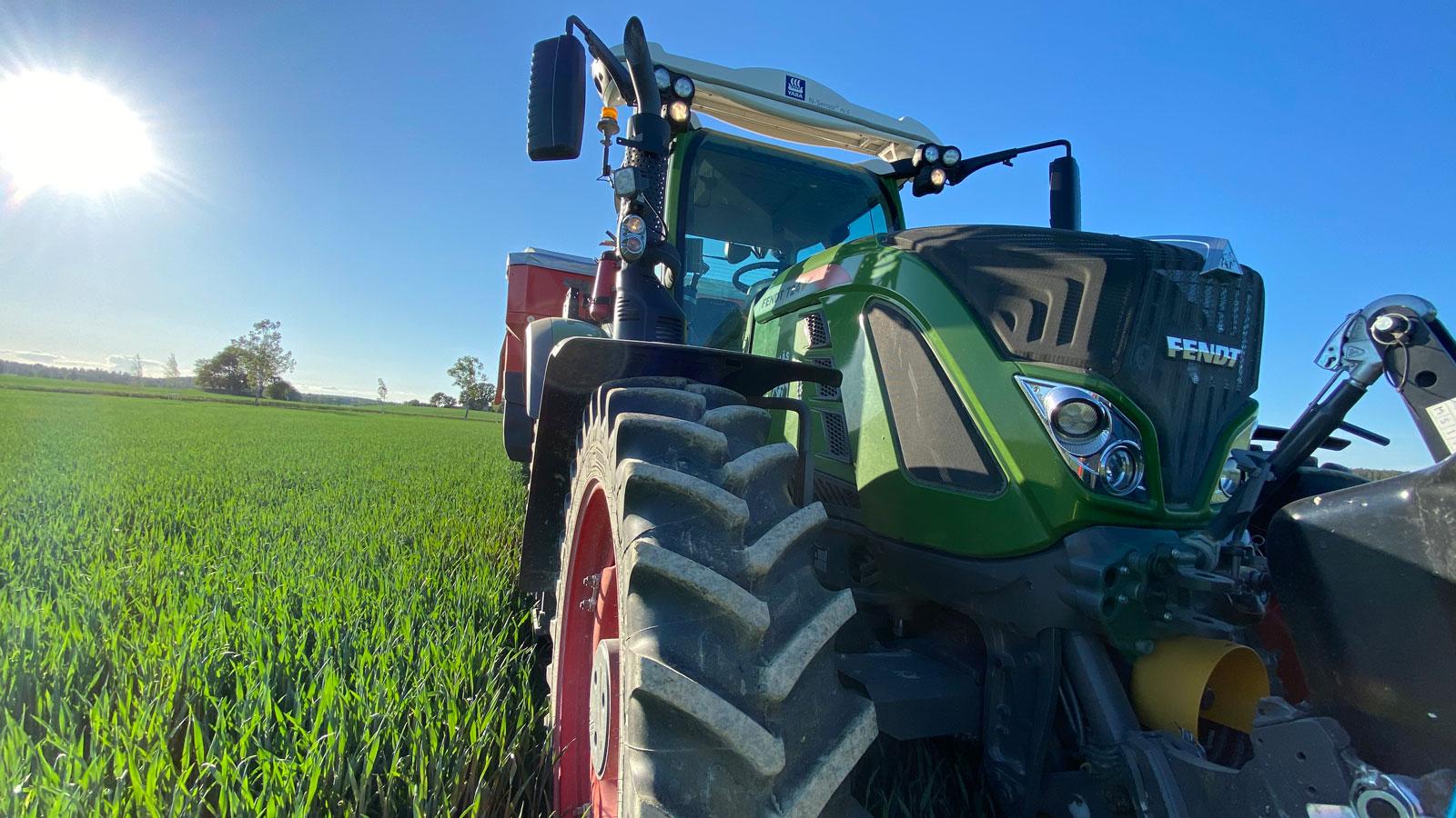 Traktor på Abbotnäs